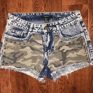 Forever 21 acid wash high waisted jean shorts